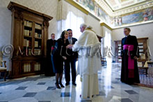 07-10-2009 Pope Benedict XVI meets President of the Republic of El Salvador Elias Antonio Saca Gonzalez